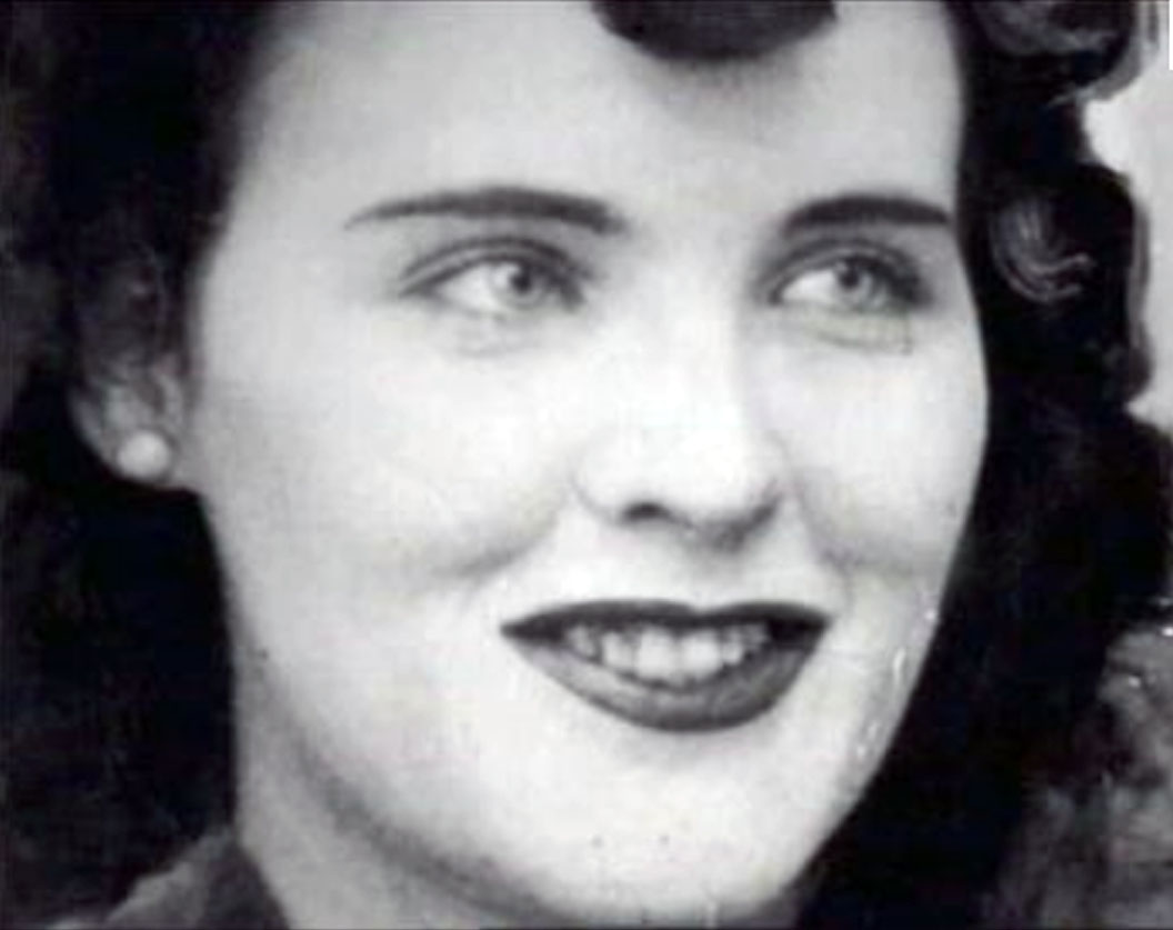 the black dahlia Nicknamed the black dahlia, elizabeth short was born in boston, massachusetts, on july 29, 1924 twenty-two years later, short, an aspiring actress, was brutally murdered in los angeles, california, her body cut in half and severely mutilated her body was found on january 15, 1947, in a vacant lot.